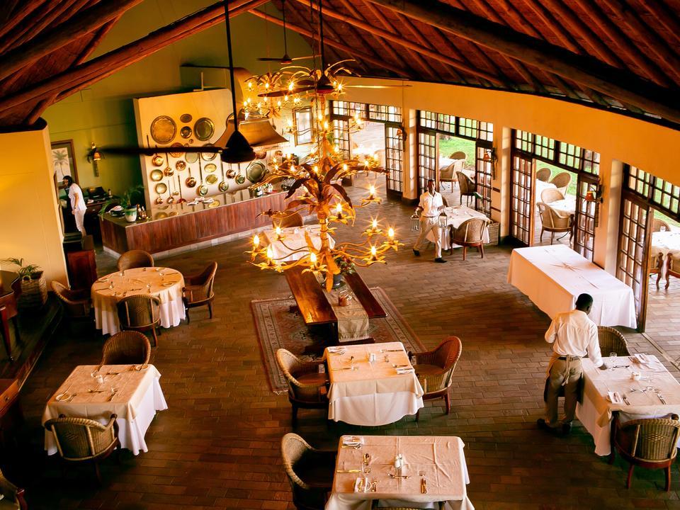 Palm Restaurant - Innen