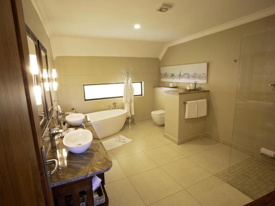 Strathearn Suite, Badezimmer mit freistehender Badewanne