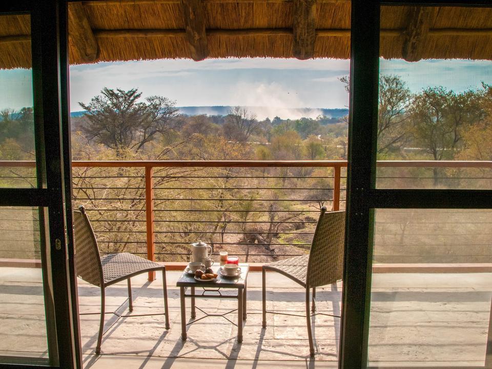 Blick aus der Deluxe-Etage mit Blick auf Victoria Falls Spray