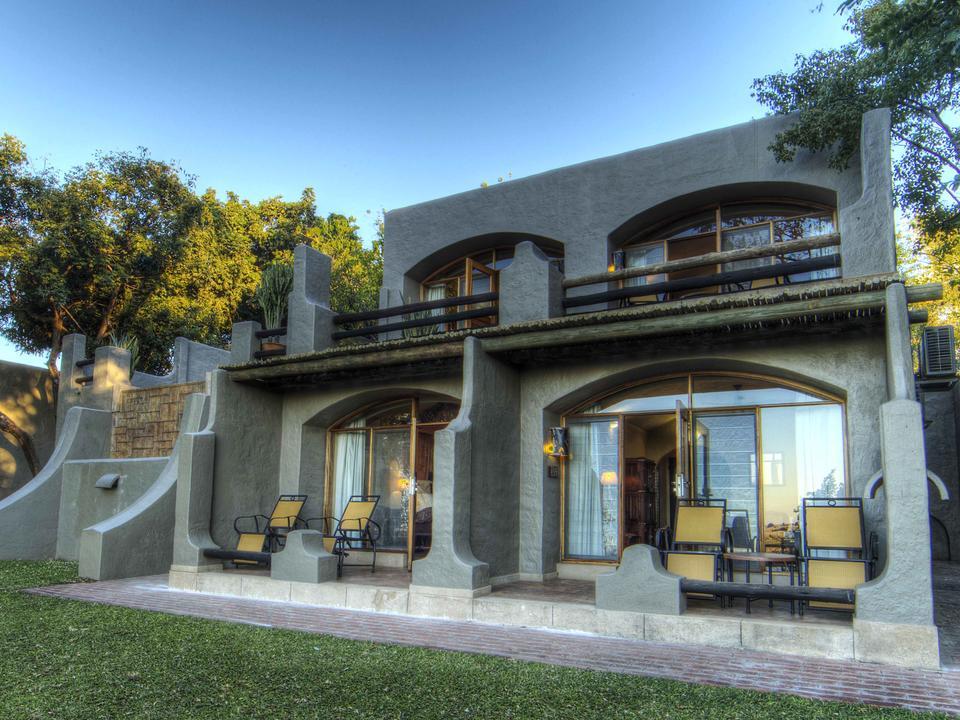 Die einzige Lodge am Flussufer des Chobe-Nationalparks - alle Zimmer blicken auf den Fluss Chobe