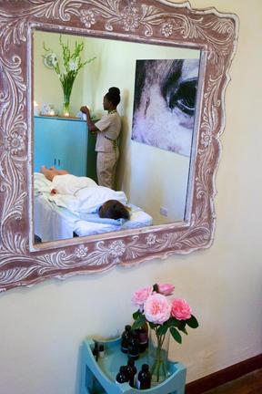 Accommodation - Karibu Kenya Deluxe