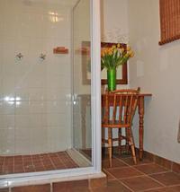 Double bedroom - shower bathroom