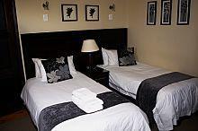 Room 3 (standard twin room)
