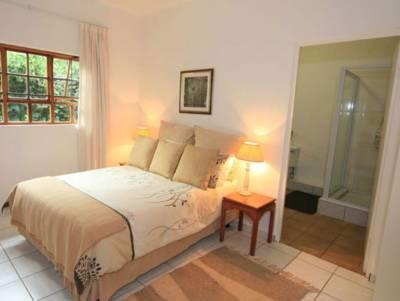 Double Bed + Single Bed / Bath + Shower