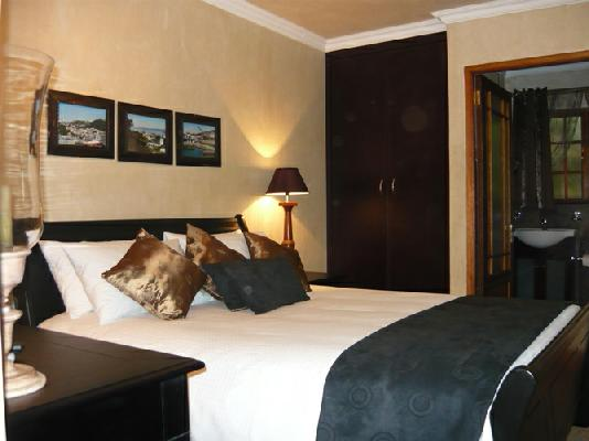 Travellers Rooms