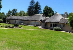 Manor Lodge ( R500 pp /minimum R2000)