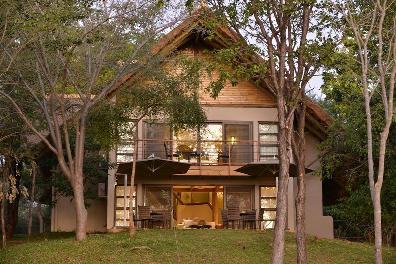 Victoria Falls Safari Suite