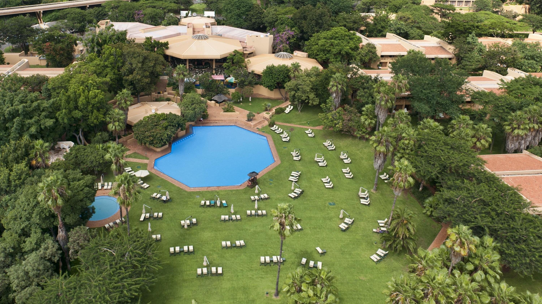 Sun City Cabanas Hotel Photos