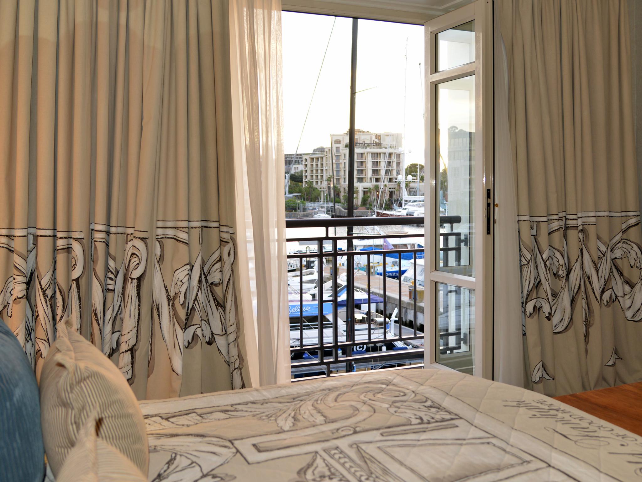 One Bedroom Balcony Suite Cape Grace Rooms