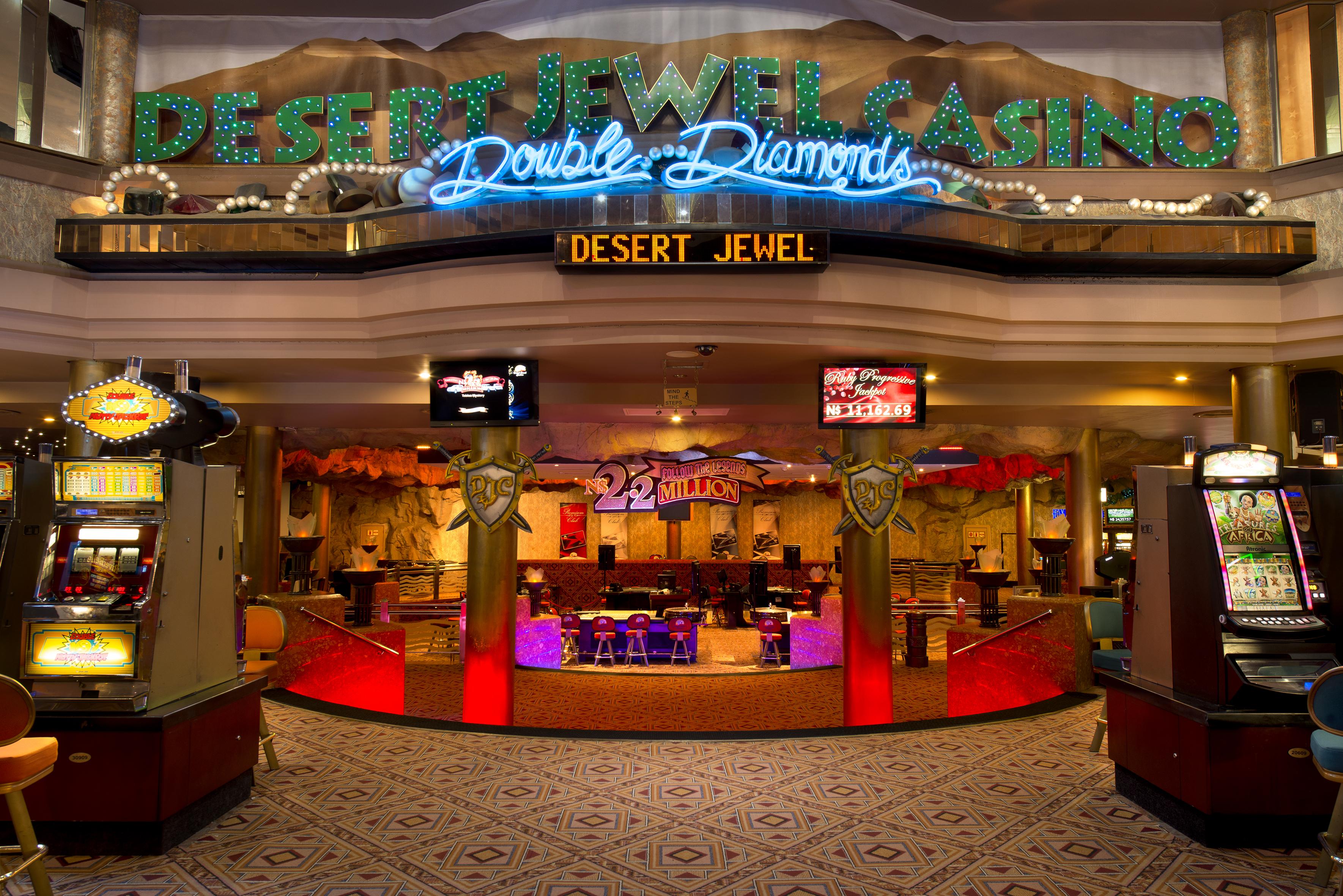 Country Club Casino Shows