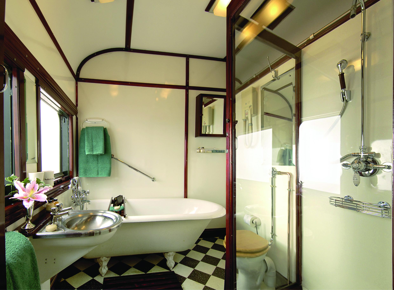 En Suite Bathroom South Africa: Rovos Rail
