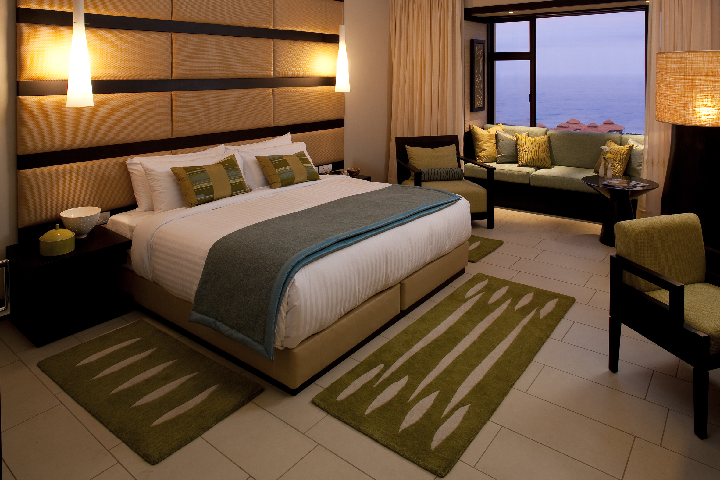 African bathroom decor - Fairmont Zimbali Resort Rooms