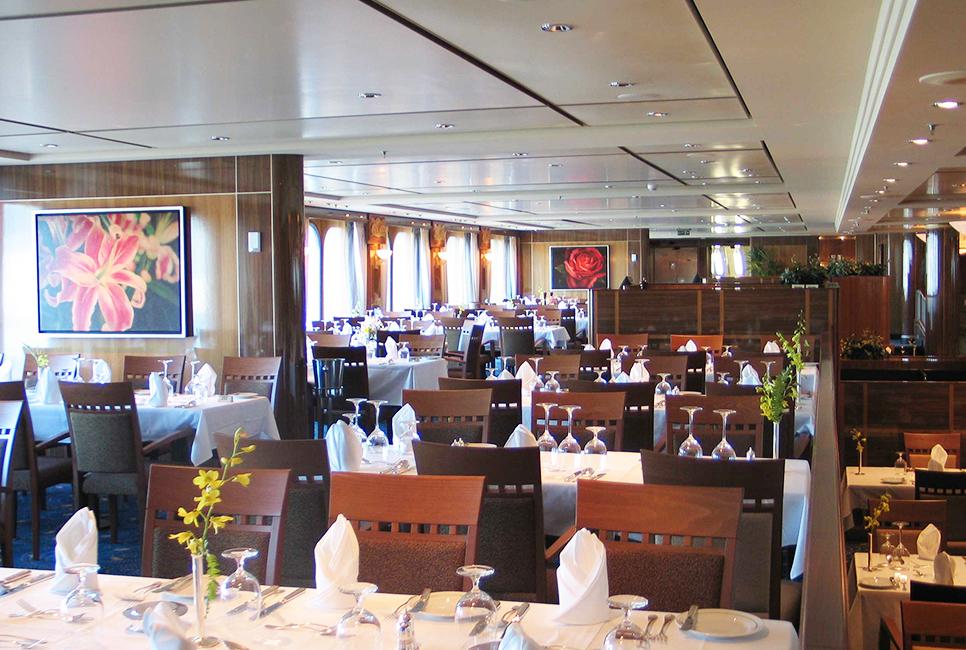 Queen Mary 2 Restaurants
