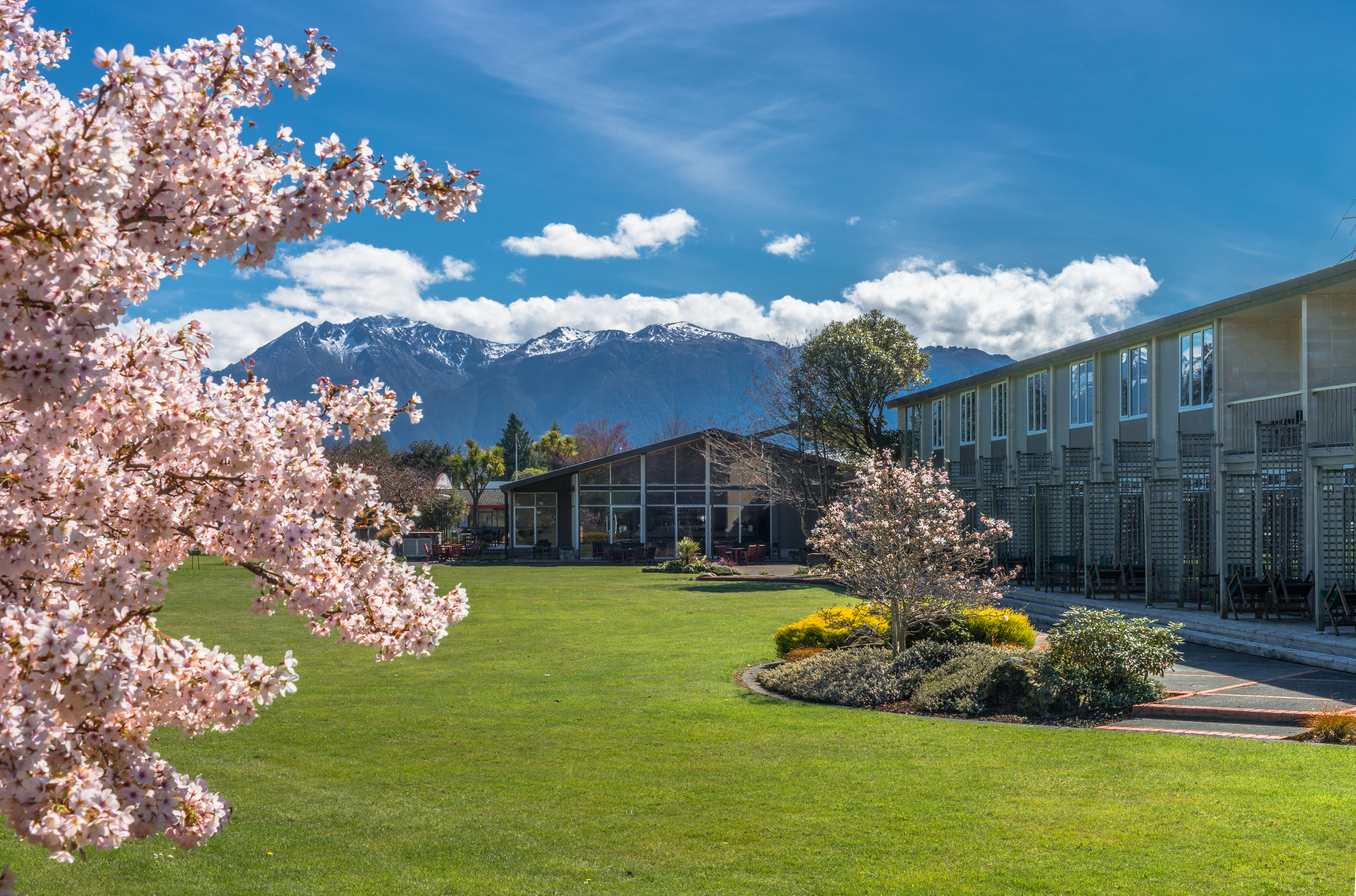 distinction te anau hotel villas rooms