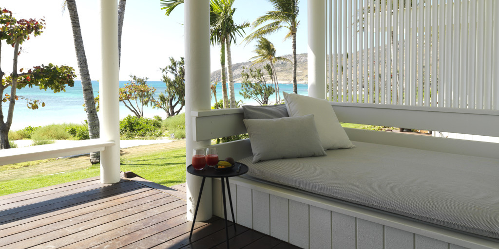 Lizard island resort for Balcony barrier