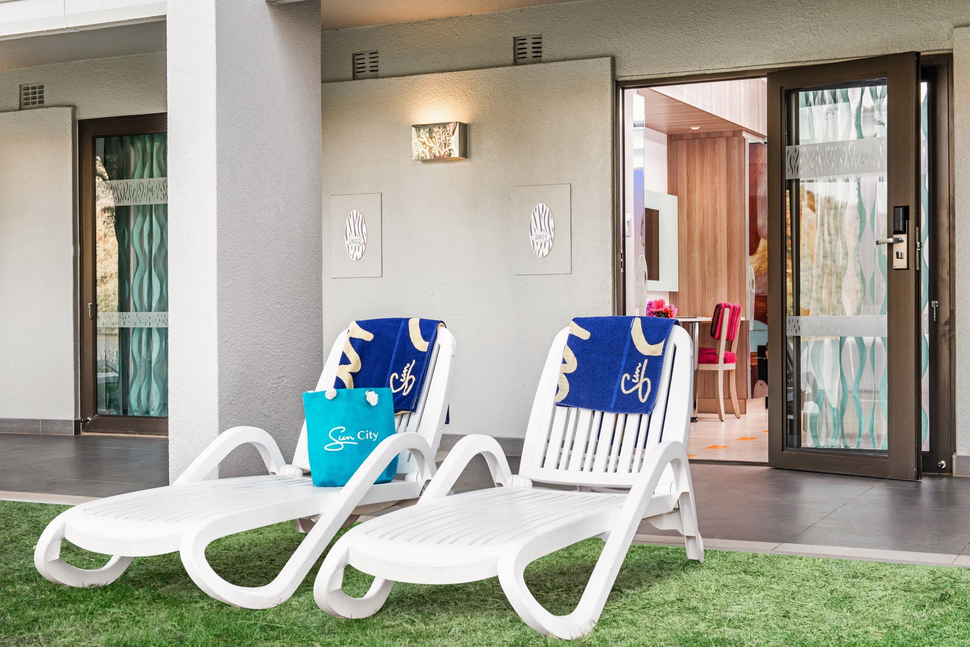 Sun City Cabanas Hotel